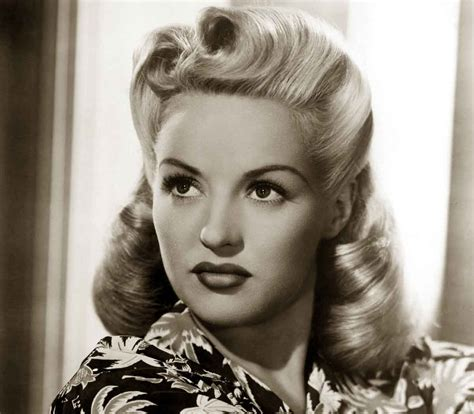 1940s Womens Hairstyles by 1940s Hairstyles Memorable Pompadours Betty Grable