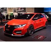 Honda Speeds Into Geneva With New Civic Type R Concept W