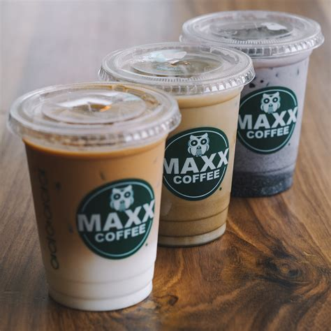 awesome autumn drinks by maxx coffee indonesia
