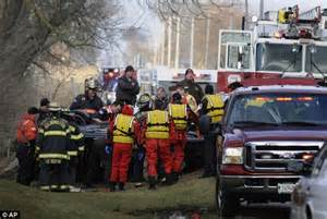 car crash in illinois illinois car crash tragedy in rural illinois community as four high school friends are killed