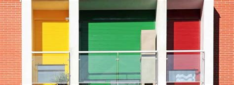 limpieza persianas limpieza de persianas enrollables en ventanas