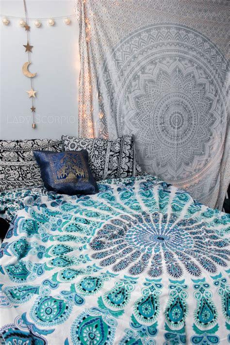 aqua schlafzimmer ideen aquamarine mandala tapestry schlafzimmer wohnideen und