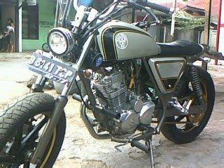 Tebeng Cover Kanan Supra X 125 Lama 2005 2013 Fi Batman Putih free modification