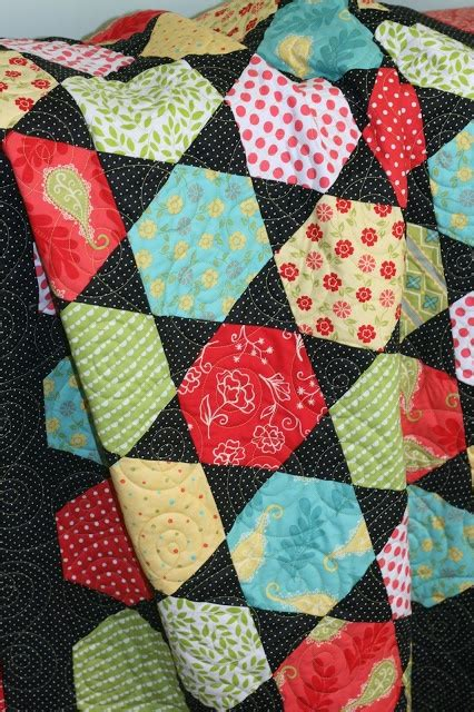 Hexagon Patchwork Patterns Free - 358 best images about crafts quilting hexagons and