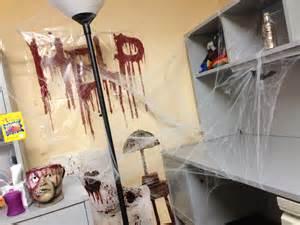 Office Halloween Decor Office Decor For Halloween Halloween Office Pinterest