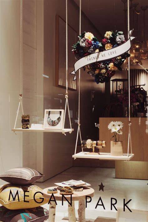 cool  creative stores window display ideas