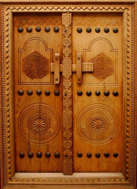 islamic pattern door tourism and handicrafts in the muslim world magazine