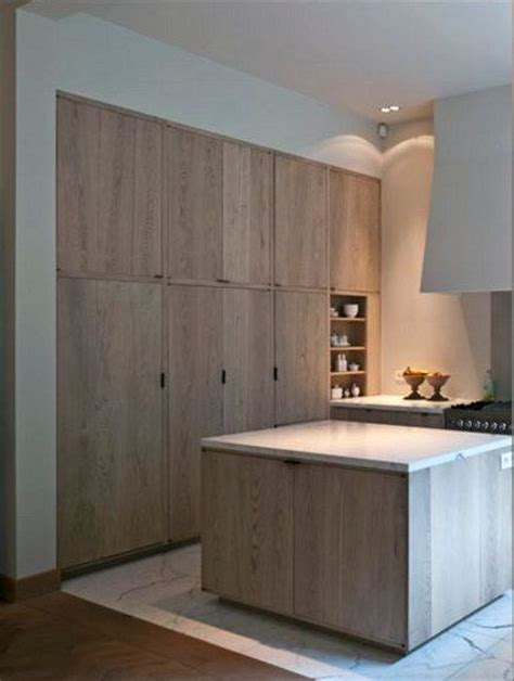 contemporary oak kitchen cabinets best 25 oak cabinet kitchen ideas on pinterest oak