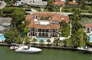 19 million waterfront mediterranean mansion in miami beach fl hotr