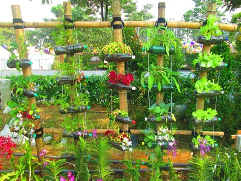 Garden Pics Ideas Creative Decorations With Recycled Items To Turn Your Backyard Into
