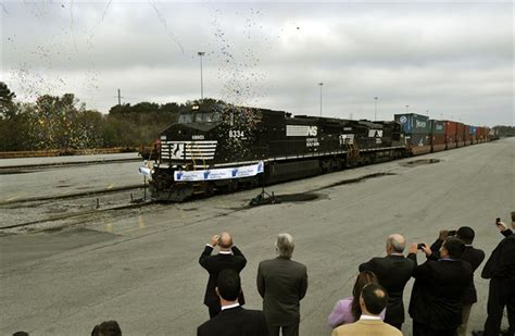 Garden City Terminal Tracking by Ports Authority Opens Expanded Rail Yard