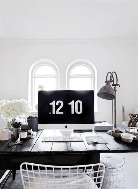 minimal office minimal workspace inspiration dailymilk