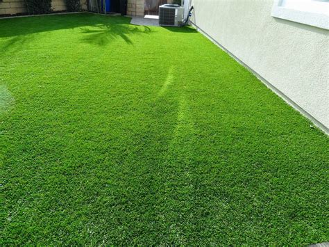 artificial grass melting burning here s how to fix it install it direct