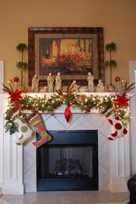 christmas decorating themes ideas adorable christmas mantel decorating ideas for the