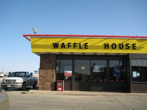 where is the nearest waffle house waffle house near me placesnearmenow