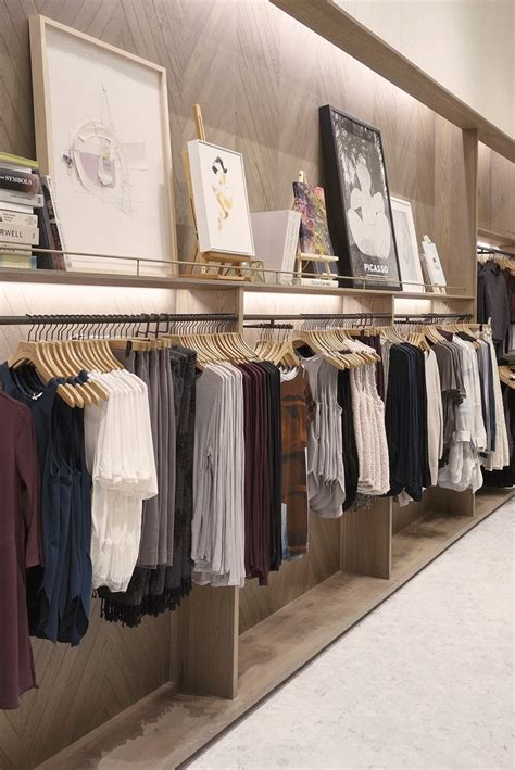 best 20 retail interior ideas on pinterest retail shop store interior design ideas myfavoriteheadache com