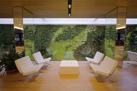 giardini verticali sundar italia realizza giardino verticale nella sede di