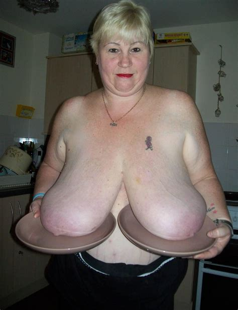 A In Gallery Mature With Big Juggs Picture Uploaded By Parsonsnose On Imagefap Com