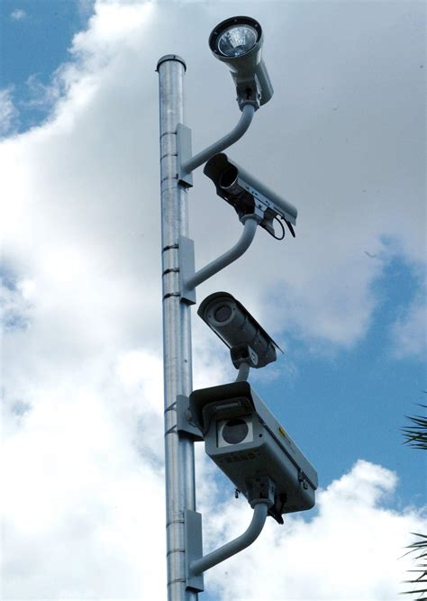 legality of light cameras in light challenge gets ride at state