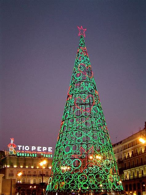 christmas tree madrid spain happy christmas pinterest