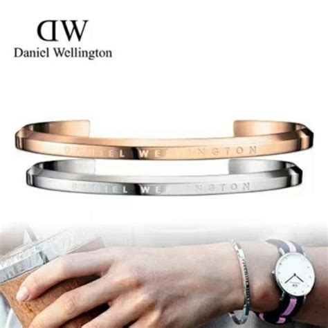 Gelang Bangle Dw Daniel Wellington instock daniel wellington dw gold cuff bangle
