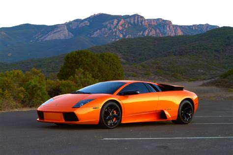 Lamborghini Mechanic School A Look At The Top 3 V12 Engines Made According To Car