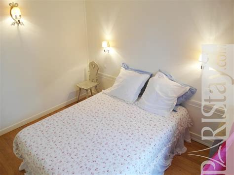 Bedroom Terms by 1 Bedroom Apartment Term Renting Montmartre