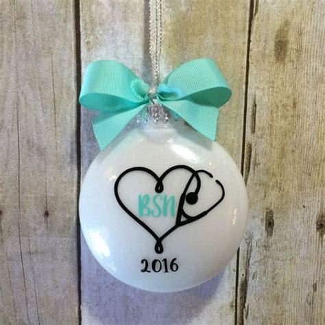nursing school graduation gift ideas for 17 best ideas about nursing graduation gifts on