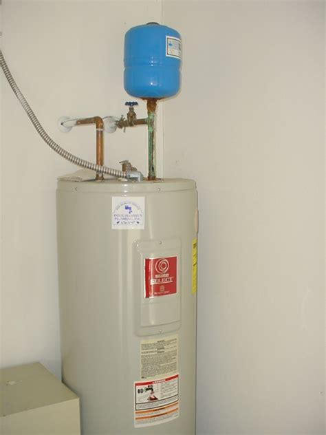 Plumbing Expansion Tank by Pic Of The Week At Myguardian