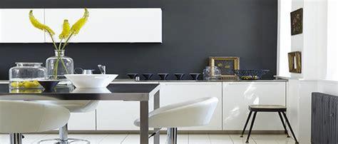 Superbe Quelle Couleur De Mur Pour Une Cuisine Grise #7: couleur-gris-deco-cuisine-salon-chambre.jpg
