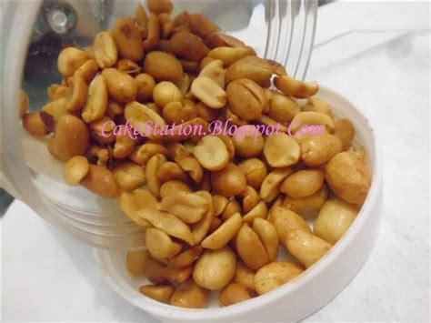 kacang tanah kupas ari oven 1kg resep dapur cakestation kacang bawang spesial gurih dan