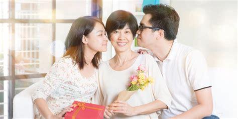 Kado Untuk Kamu Yang Tak Terlupakan beri kado spesial untuk orangtua dengan hadiah yang tak