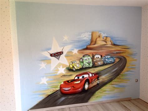 kinderzimmer mit cars wandmalerei kinderzimmer cars disney cars murals