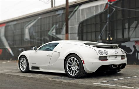 bugatti veyron ss 16 4 2013 bugatti veyron 16 4 sport 300 sports car