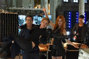 shadowhunters tv show images 1x02 the descent into hell is