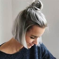 salt and pepper hair with lilac tips le carr 233 blunt bob la nouvelle coupe de cheveux tendance