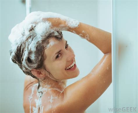 How To Wash Your In The Shower by How Do I Choose The Best Shoo For Eczema With Pictures