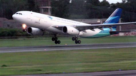 Aa Garuda Indonesia Airbus Pesawat Terbang pesawat garuda indonesia airbus a330 take