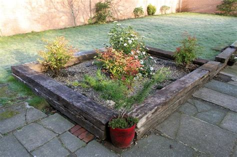 Wickes Railway Sleepers by 25 Best Ideas About Pea Shingle On Gravel