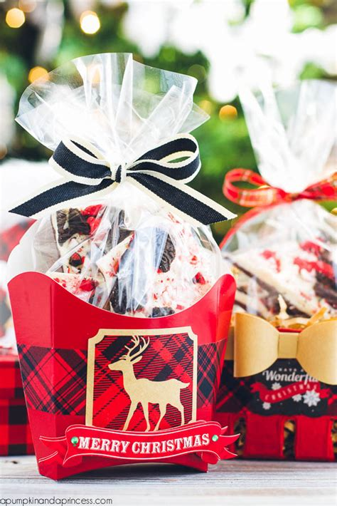 oreo peppermint bark food gift wrapping ideas a