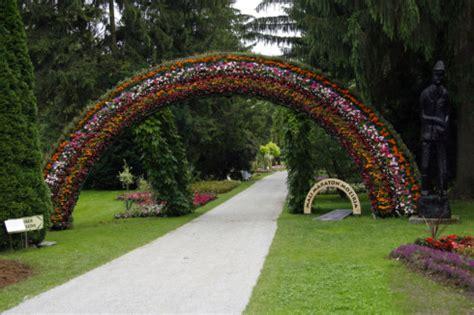 gaj to botanical garden mozirski gaj
