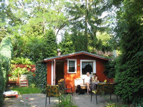 kleingarten kaufen in berlin kleingarten in berlin schreberg 228 rten wochenendh 228 user