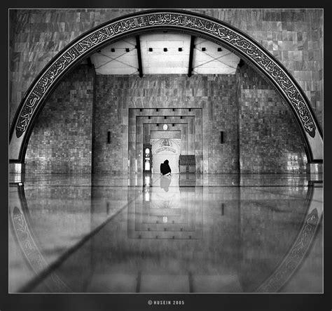 Seribu Masjid Satu Jumlahnya Emha Ainun Nadjib N Ilalangkota Seribu Masjid Satu Jumlahnya