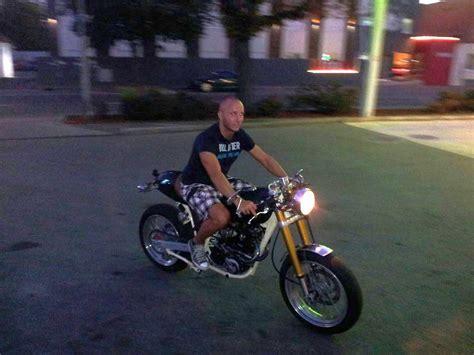 Ktm Motorrad Parkplatz by Ktm Lc4 Cafe Racer Modellnews