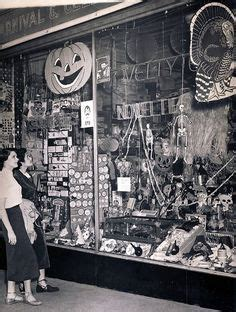 Halloween Decor Store 1000 Ideas About Vintage Halloween Decorations On