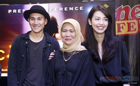film indonesia chrisye bintangi film chrisye velove vexia dapat wejangan dari