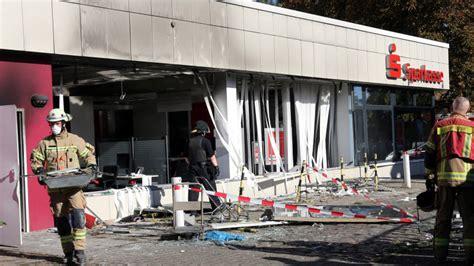 berliner bank friedrichstraße berliner bank filiale gesprengt polizei fahndet nach