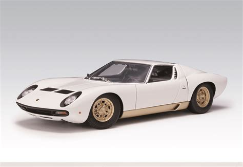lamborghini gold and white autoart lamborghini miura sv white gold side skirts