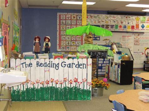 literacy by design kindergarten themes mrs jump s kindergarten class tour our room preschool