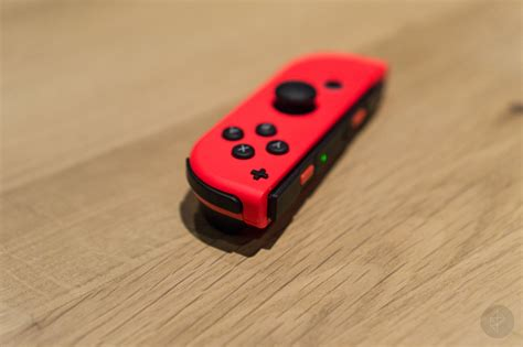 Switch Con Right nintendo switch s con wrist straps an annoying issue but you can fix it polygon